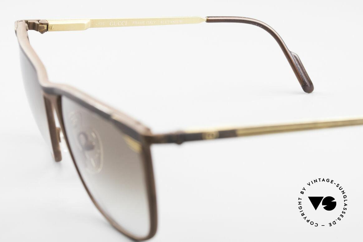 Gucci 2227 Luxury Designer Sunglasses, NO RETRO sunglasses, but an old vintage original, Made for Men and Women
