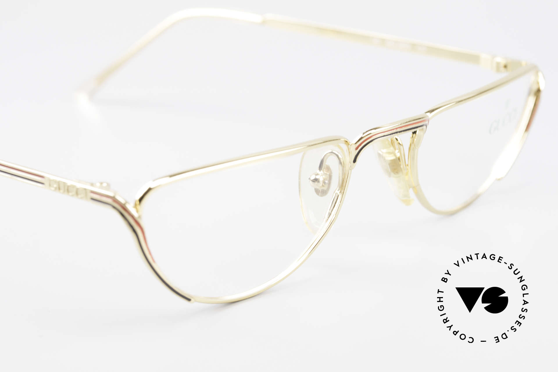 Gucci 2203 80's Vintage Reading Glasses, NO retro eyewear, but an old vintage ORIGINAL, Made for Women