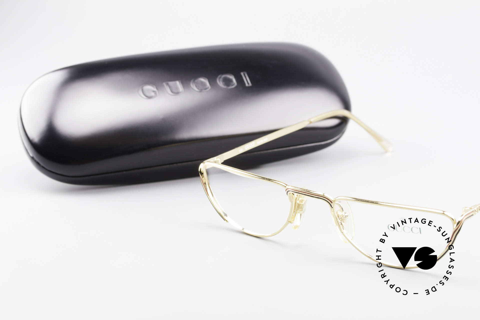 Gucci 2203 80's Vintage Reading Glasses, 125mm width: SMALL size (rather a ladies model), Made for Women