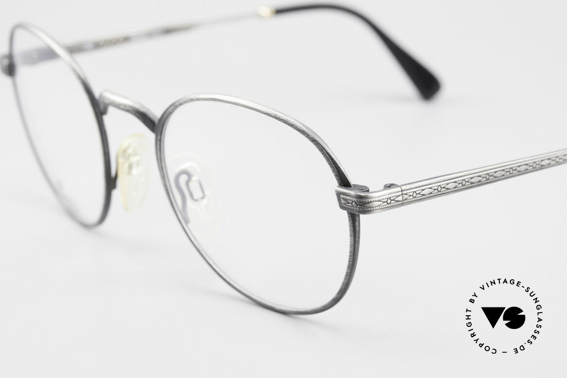 Gucci 1226 Classic 80's Panto Eyeglasses, never worn (like all our vintage Gucci frames), Made for Men and Women