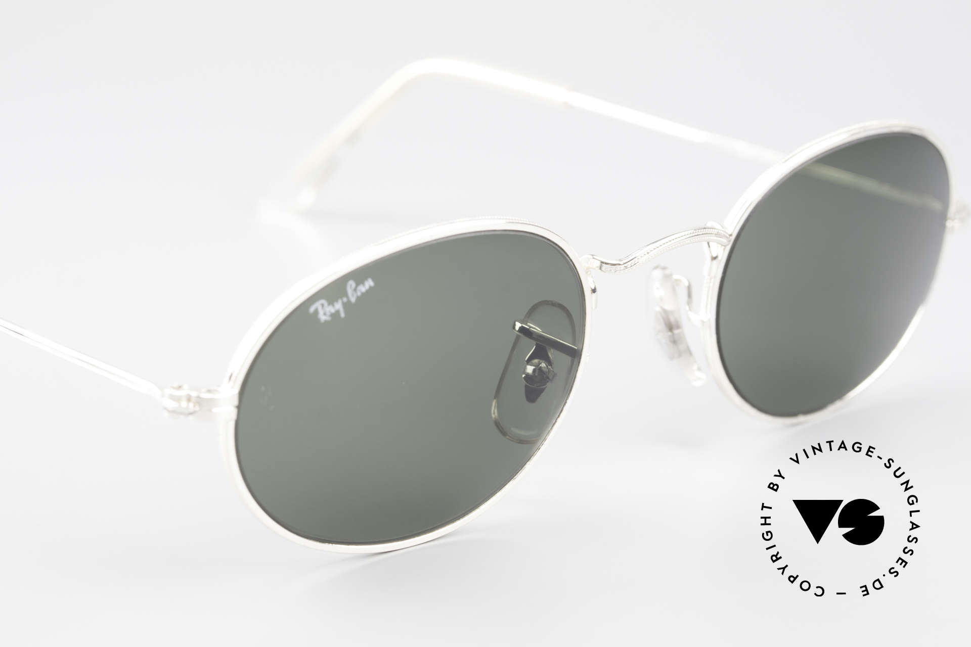 Ray Ban Classic Style I Old Oval B&L USA Sunglasses, NO retro sunglasses, but a rare old USA original, Made for Men and Women