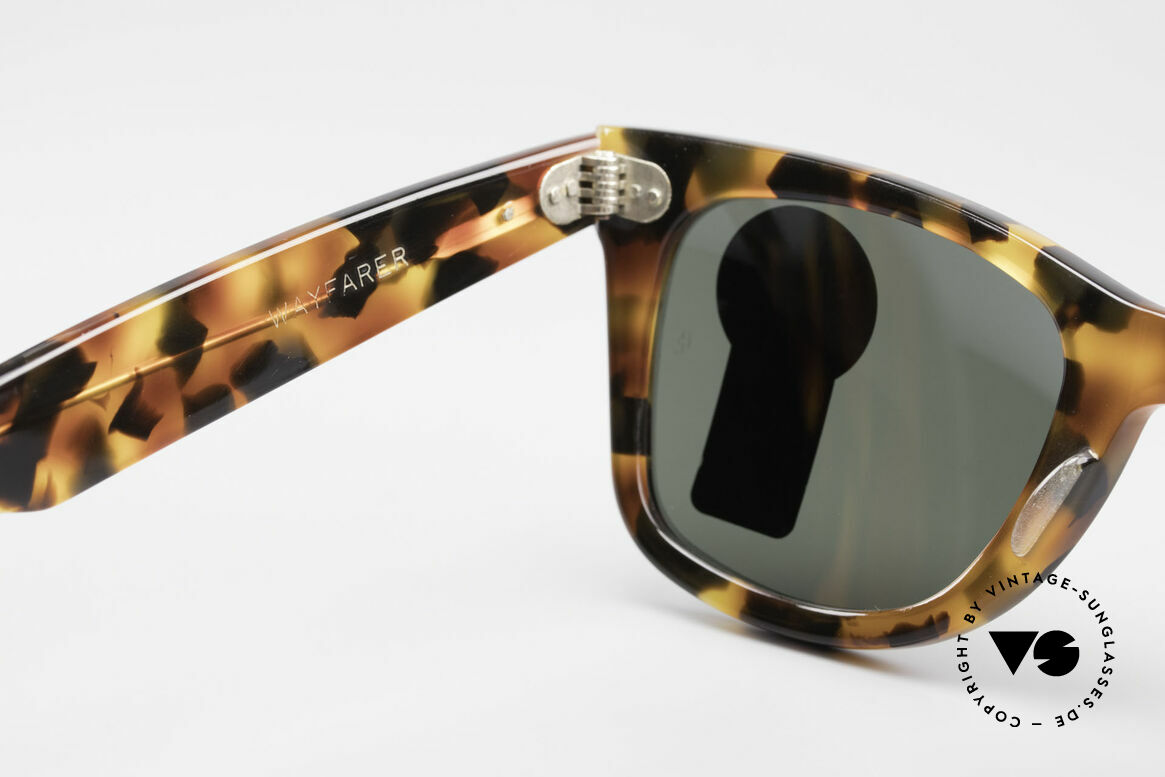 Ray Ban Wayfarer I Limited Edition USA Original, never worn (like all our rare B&L vintage Wayfarers), Made for Men and Women