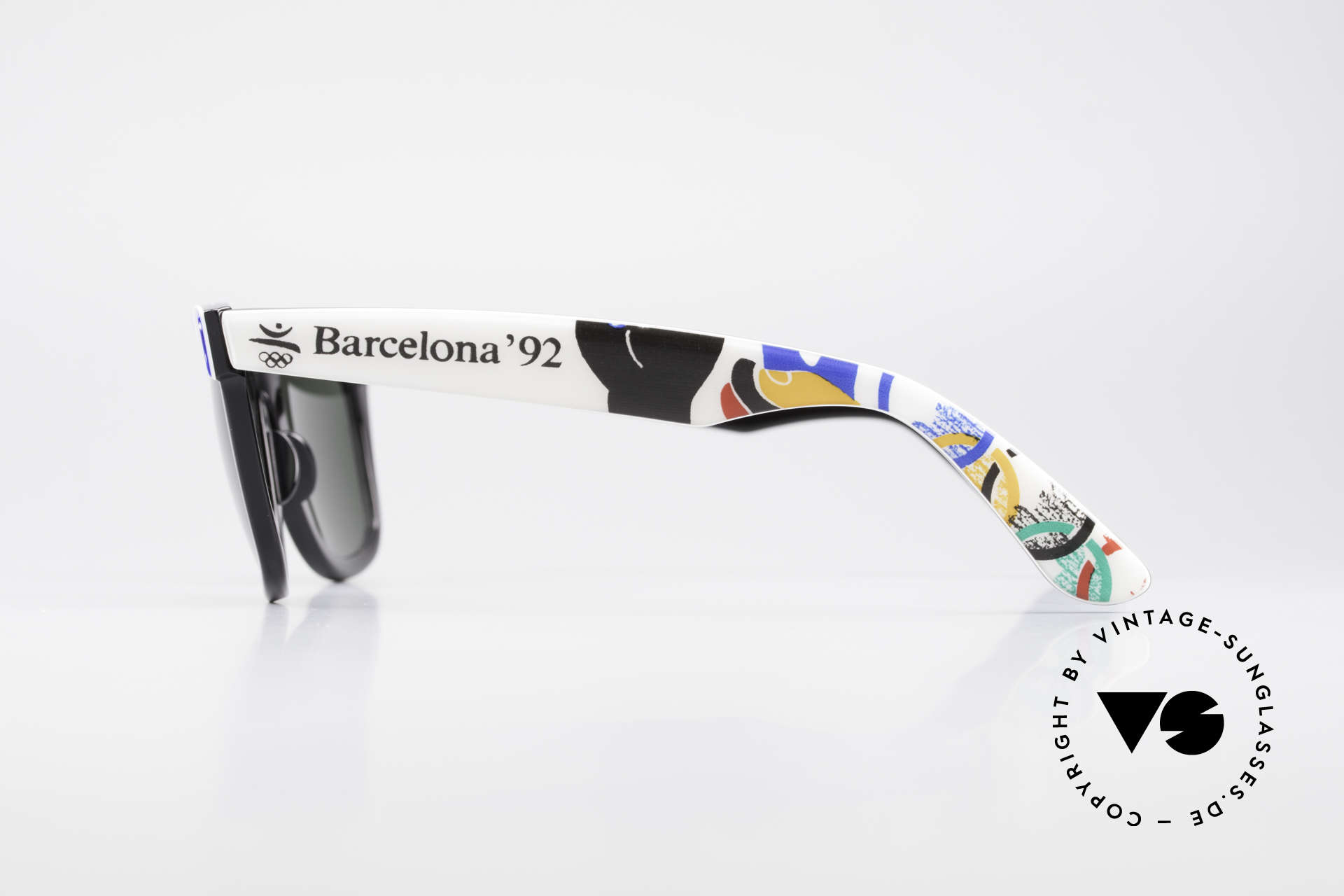 Ray Ban Wayfarer I Olympic Games Barcelona, NO RETRO sunglasses, but an authentic USA-original, Made for Men and Women