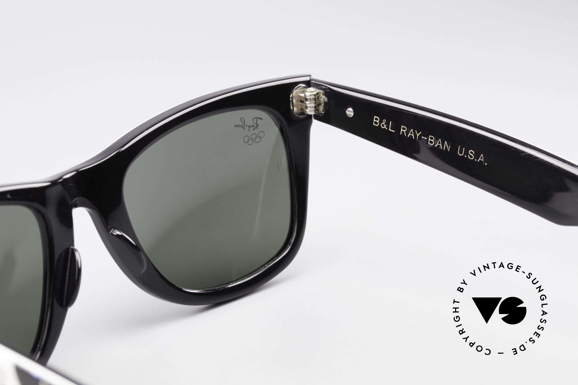 Ray Ban Wayfarer I Olympic Games Barcelona, Size: medium, Made for Men and Women