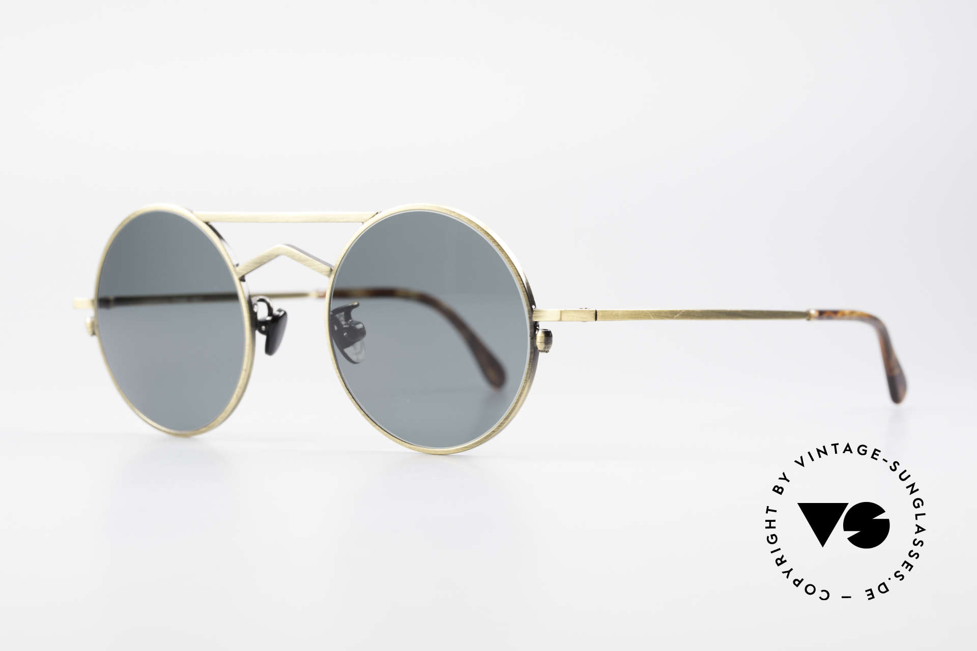 Gianni Versace 540 Small Round Designer Shades, classic round lens shape in extraordinary garment, Made for Men and Women