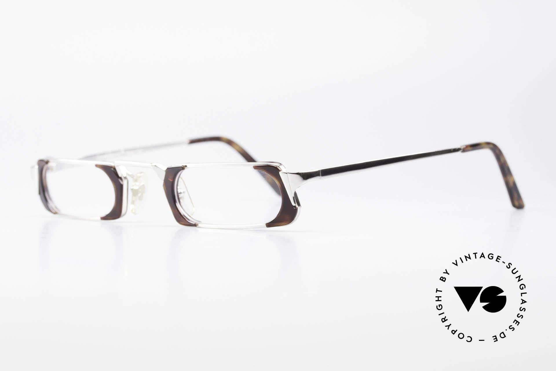 Gianni Versace 833 Striking Reading Eyeglasses, unisex eyeglasses: distinctive but stylish & very rare, Made for Men and Women