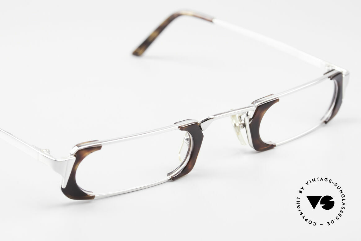 Gianni Versace 833 Striking Reading Eyeglasses, new old stock (like all our VINTAGE VERSACE eyewear), Made for Men and Women