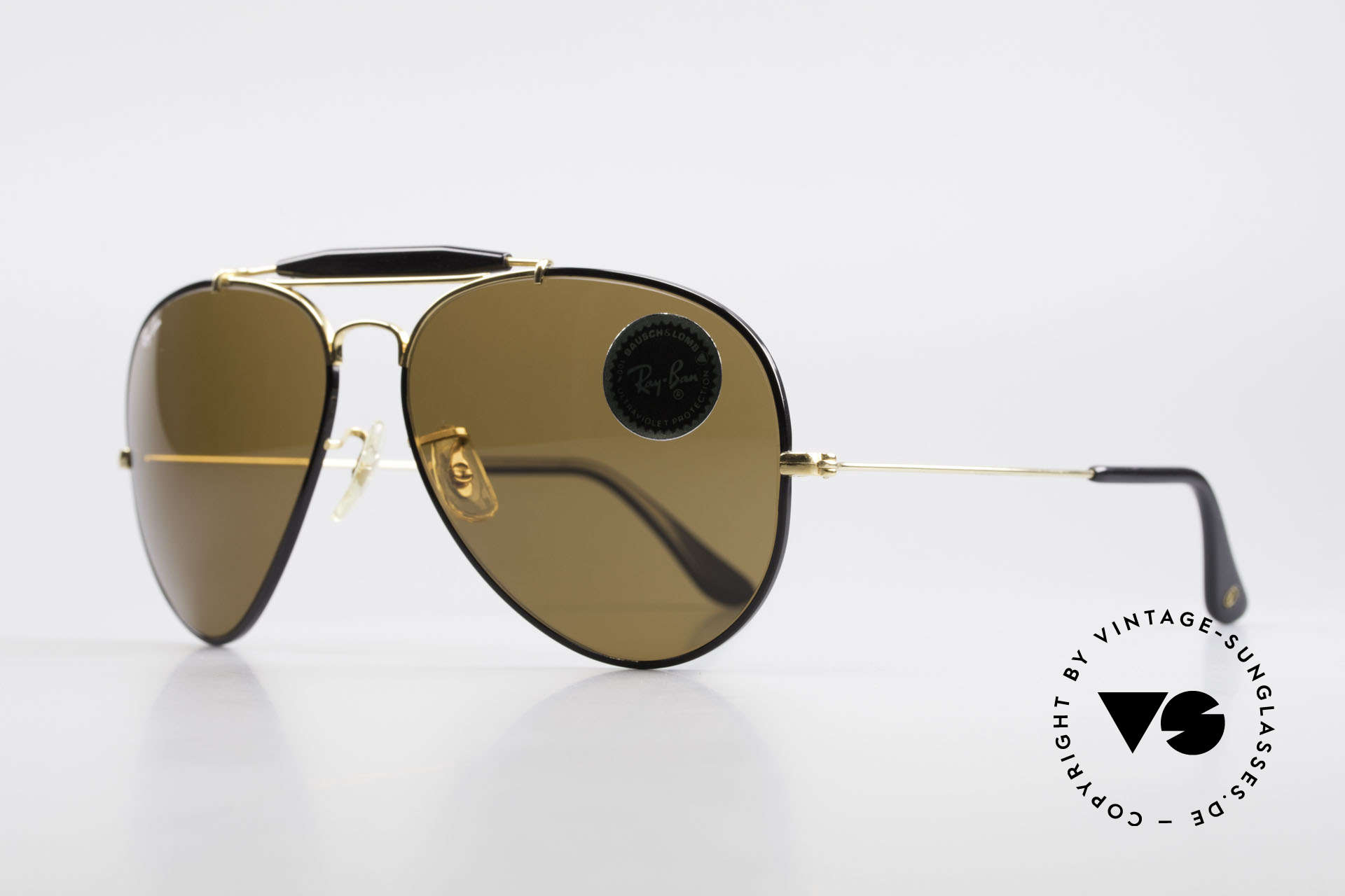 Ray Ban Outdoorsman II Precious Metals USA Ray-Ban, with 24 carat GOLD-PLATED frame components, Made for Men