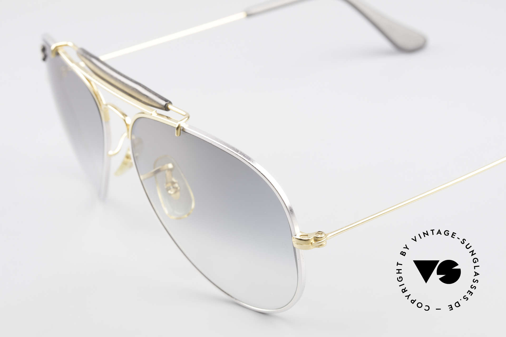 Ray Ban Outdoorsman Precious Metals Titanium, NO retro frame; an old original with serial number, Made for Men and Women