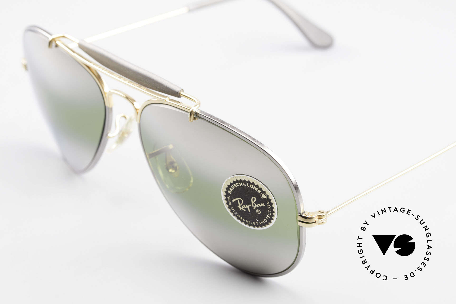 Ray Ban Outdoorsman Precious Greenish Mirrored, made in the 1970's & 80's by Bausch&Lomb, USA, Made for Men and Women
