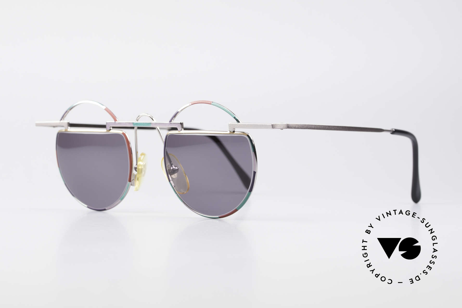 Taxi 221 by Casanova Vintage Art Sunglasses, represents the exuberance of the Venetian carnival, Made for Women