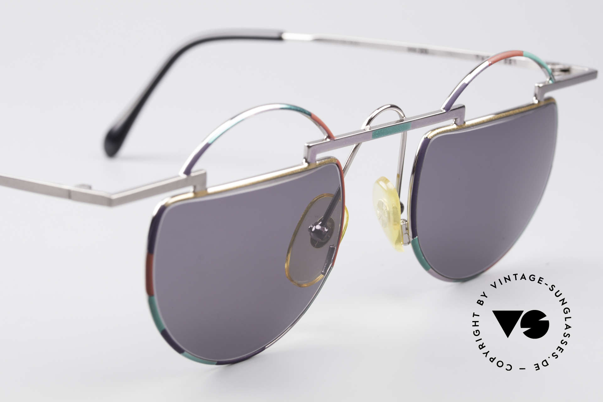 Taxi 221 by Casanova Vintage Art Sunglasses, still functional, since frame fits optical (sun) lenses, Made for Women