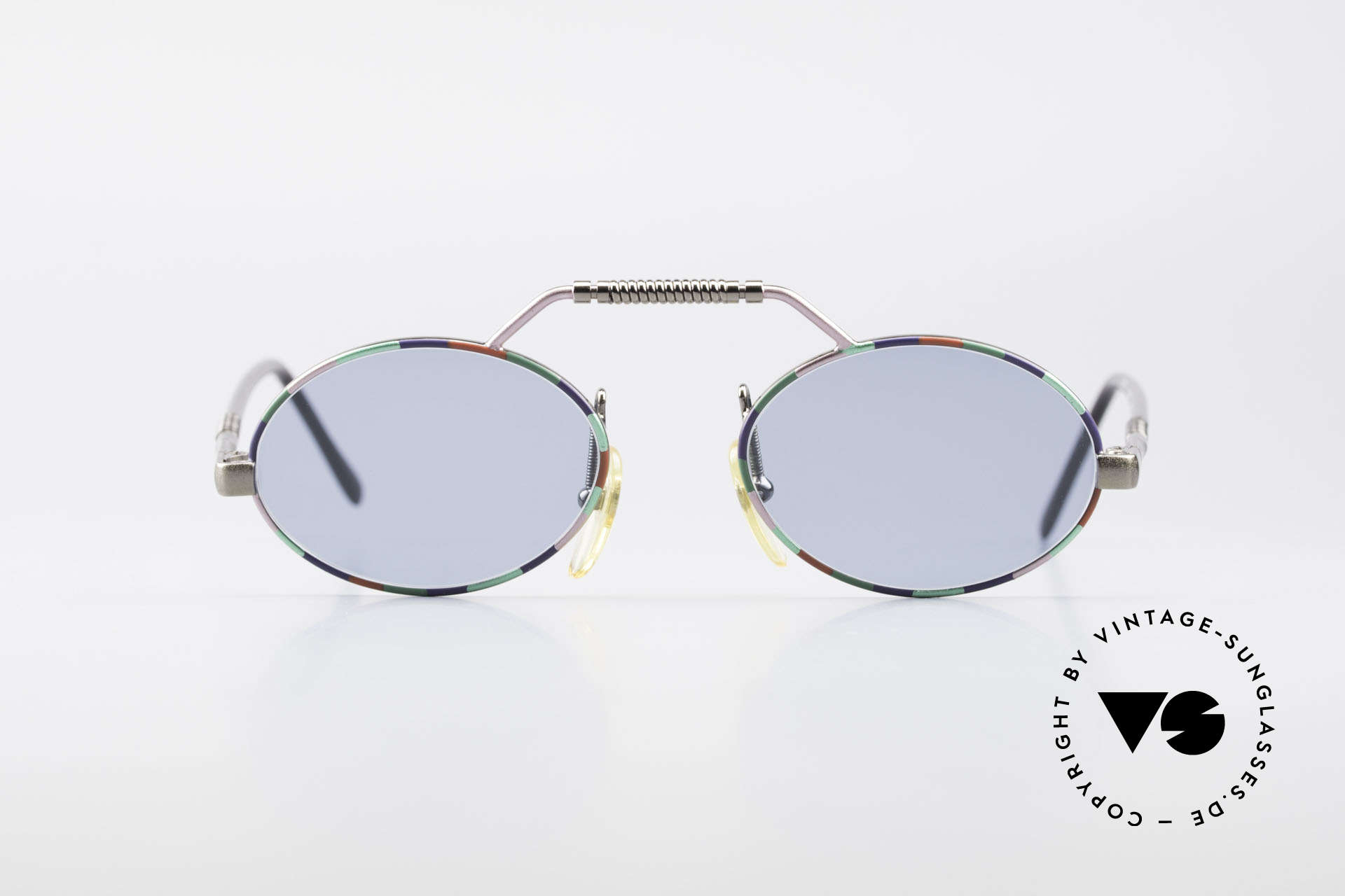 Taxi 2104 by Casanova 80's Designer Sunglasses, very interesting frame construction and frame pattern, Made for Men and Women