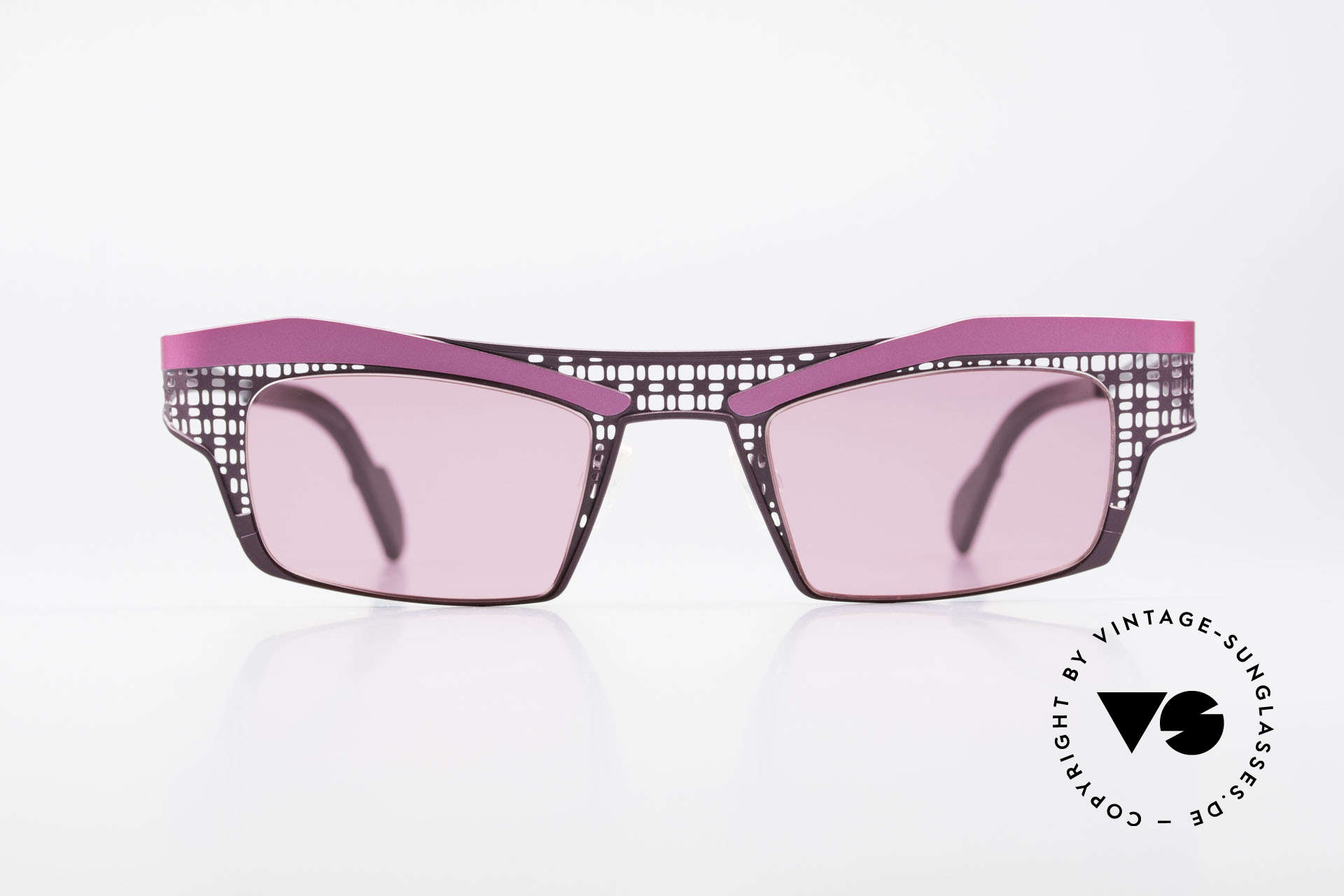 Theo Belgium Eye-Witness TA Avant-Garde Sunglasses Pink, founded in 1989 as 'opposite pole' to the 'mainstream', Made for Women