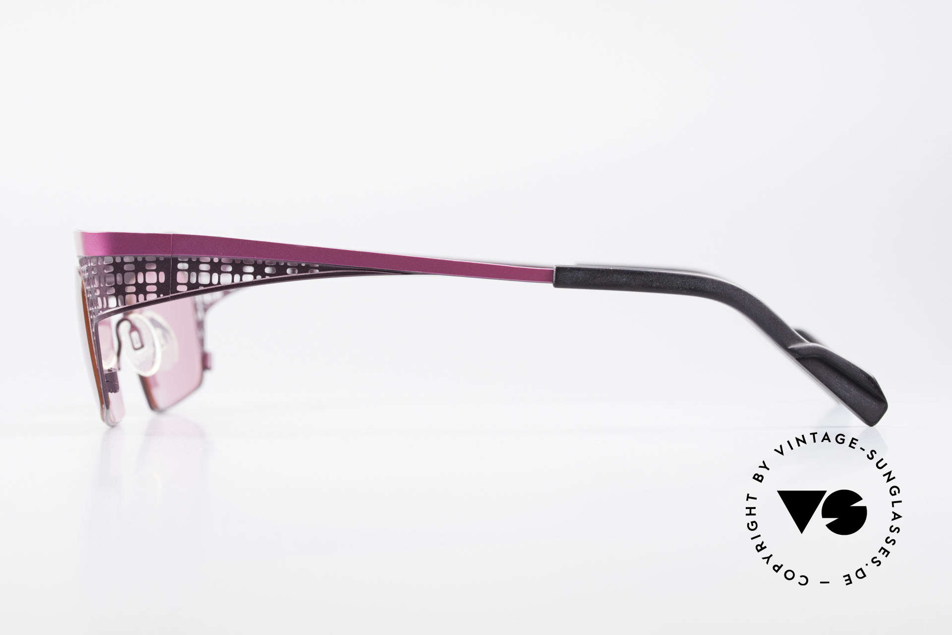 Theo Belgium Eye-Witness TA Avant-Garde Sunglasses Pink, the 1st 'Eye-Witness' series was launched in May 1995, Made for Women