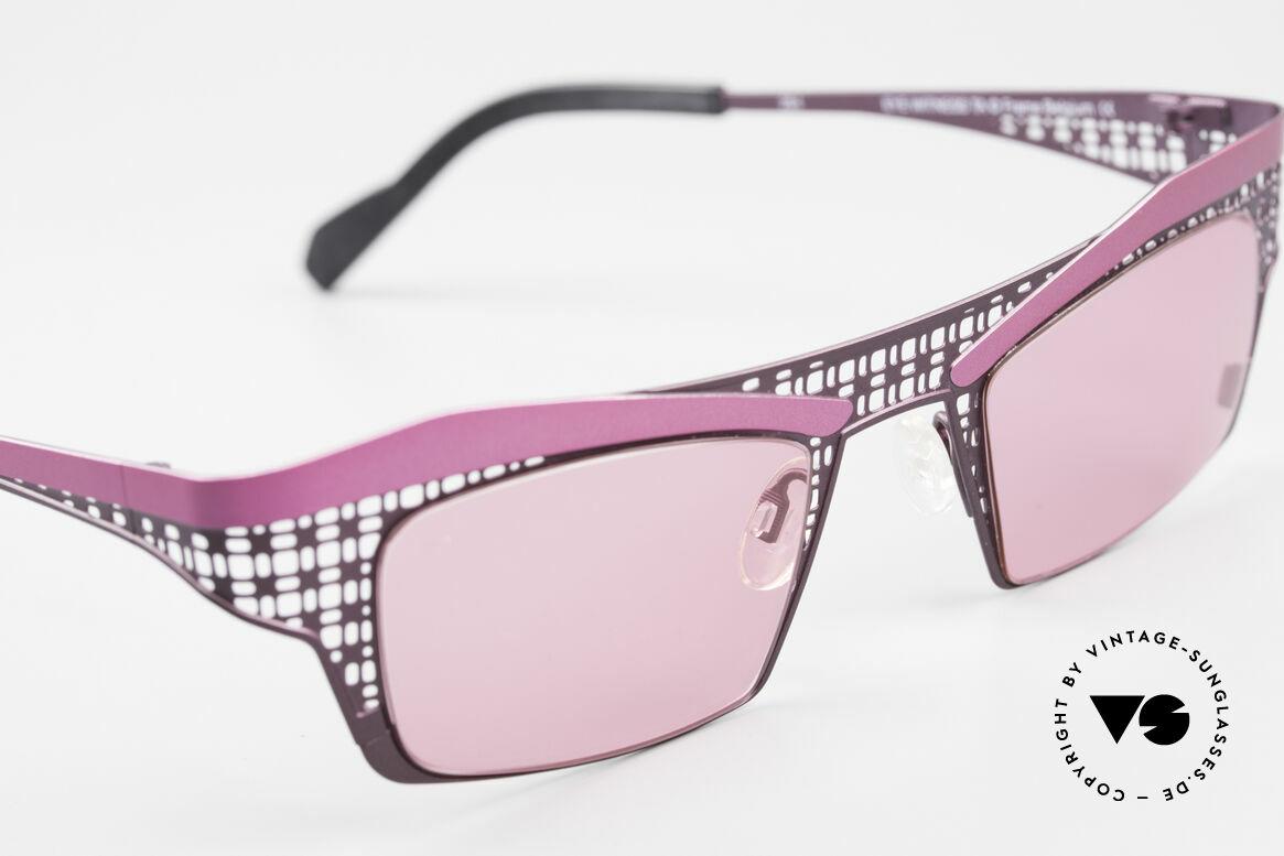Theo Belgium Eye-Witness TA Avant-Garde Sunglasses Pink