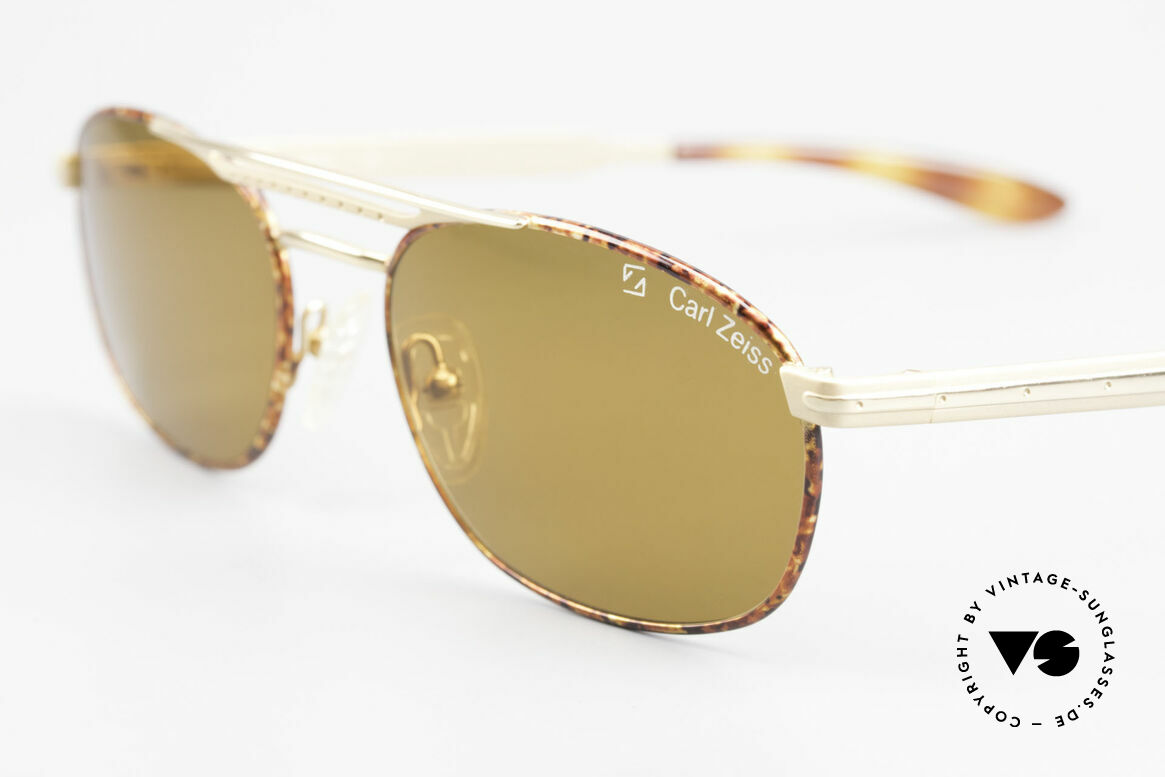 Zeiss 9426 90's Premium Sunglasses, these lenses are at the top of the sunglass' sector, Made for Men