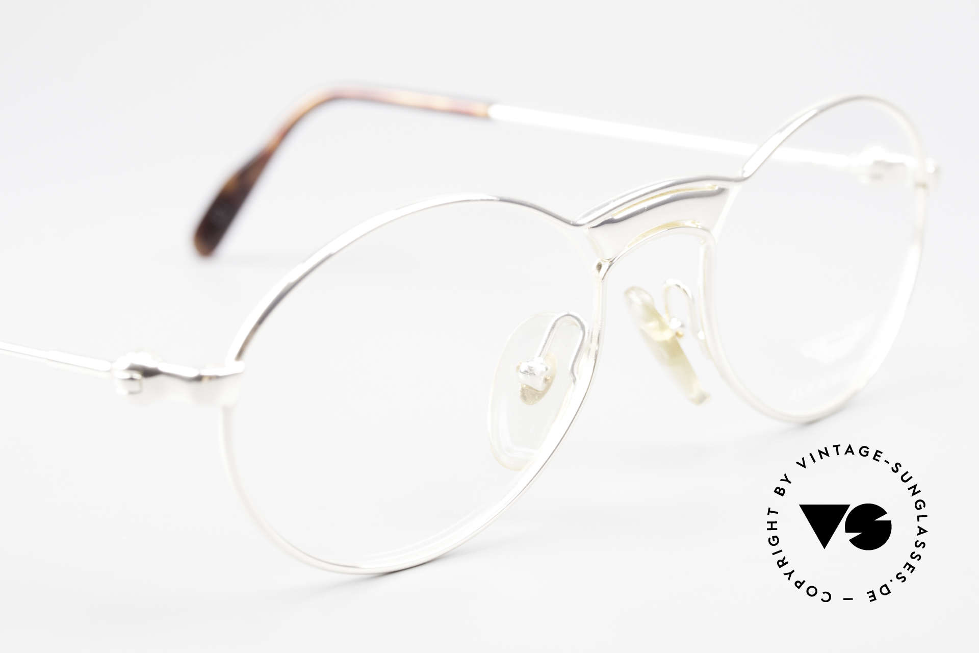 Aston Martin AM01 Oval Glasses James Bond Style, never worn (like all our rare VINTAGE high-end frames), Made for Men
