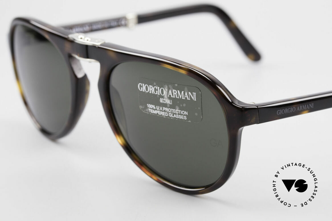 Giorgio Armani 2522 Folding Aviator Sunglasses, unworn (like all our vintage Armani designer frames), Made for Men and Women