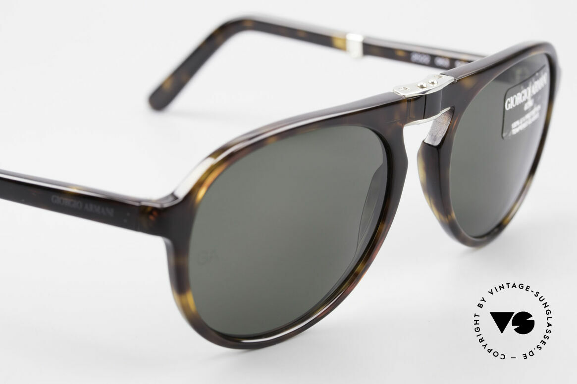 Giorgio Armani 2522 Folding Aviator Sunglasses, NO RETRO fashion, but a rare 20 years old ORIGINAL, Made for Men and Women