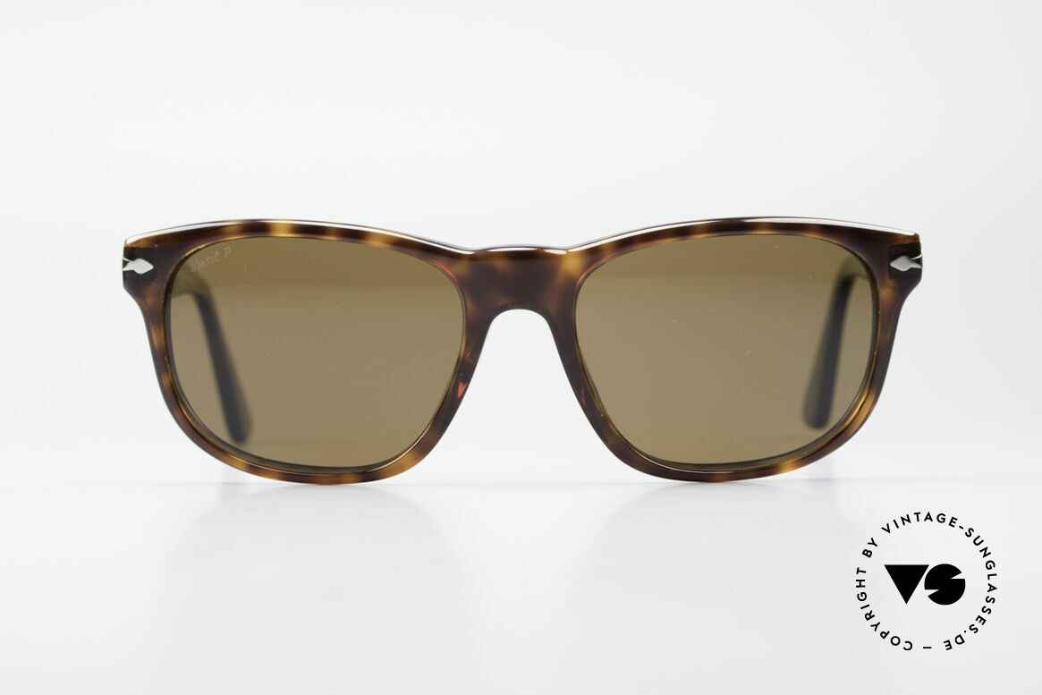 Persol 2989 Polarized Sunglasses Vintage, classic timeless design & best craftsmanship, Made for Men and Women