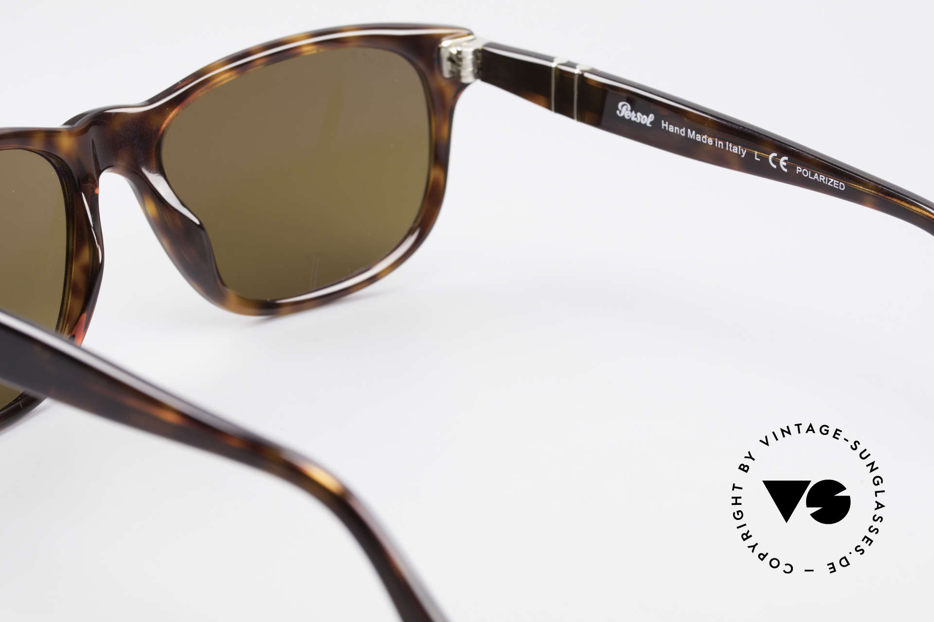 Persol 2989 Polarized Sunglasses Vintage, sun lenses could be replaced with prescriptions, Made for Men and Women
