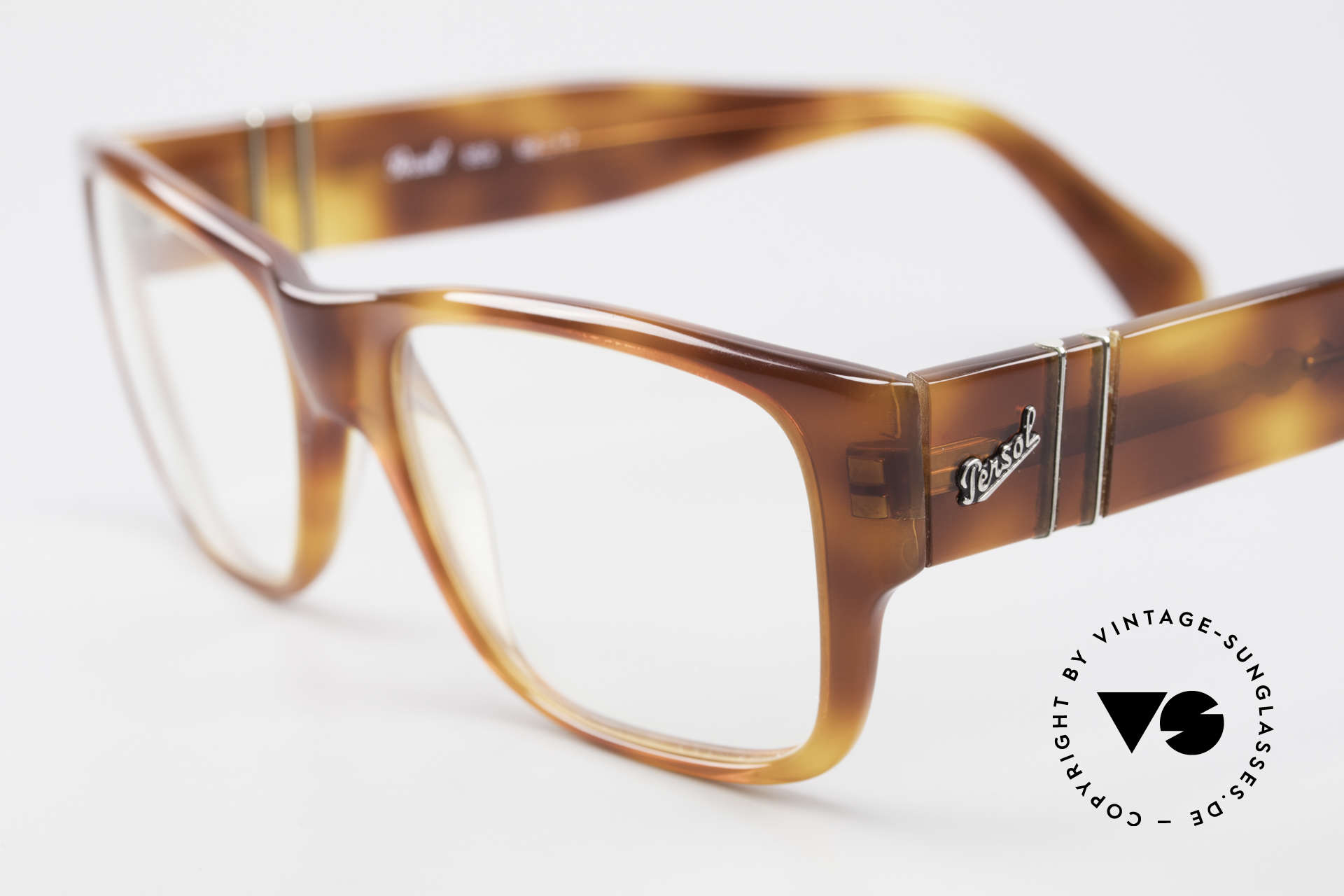 Persol 855 Striking Men's Vintage Frame, NO RETRO specs, but a 25 years old ORIGINAL, Made for Men