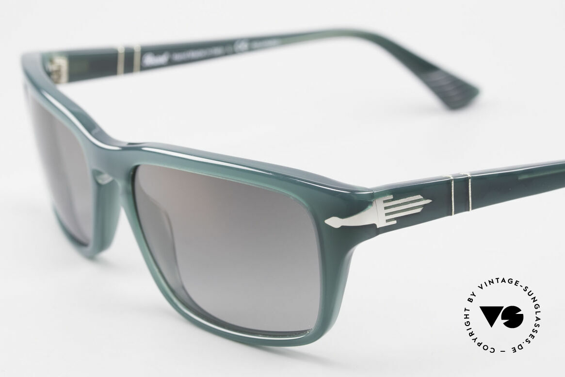 Persol 3074 Film Noir Edition Polarized, unworn (like all our classic PERSOL sunglasses), Made for Men