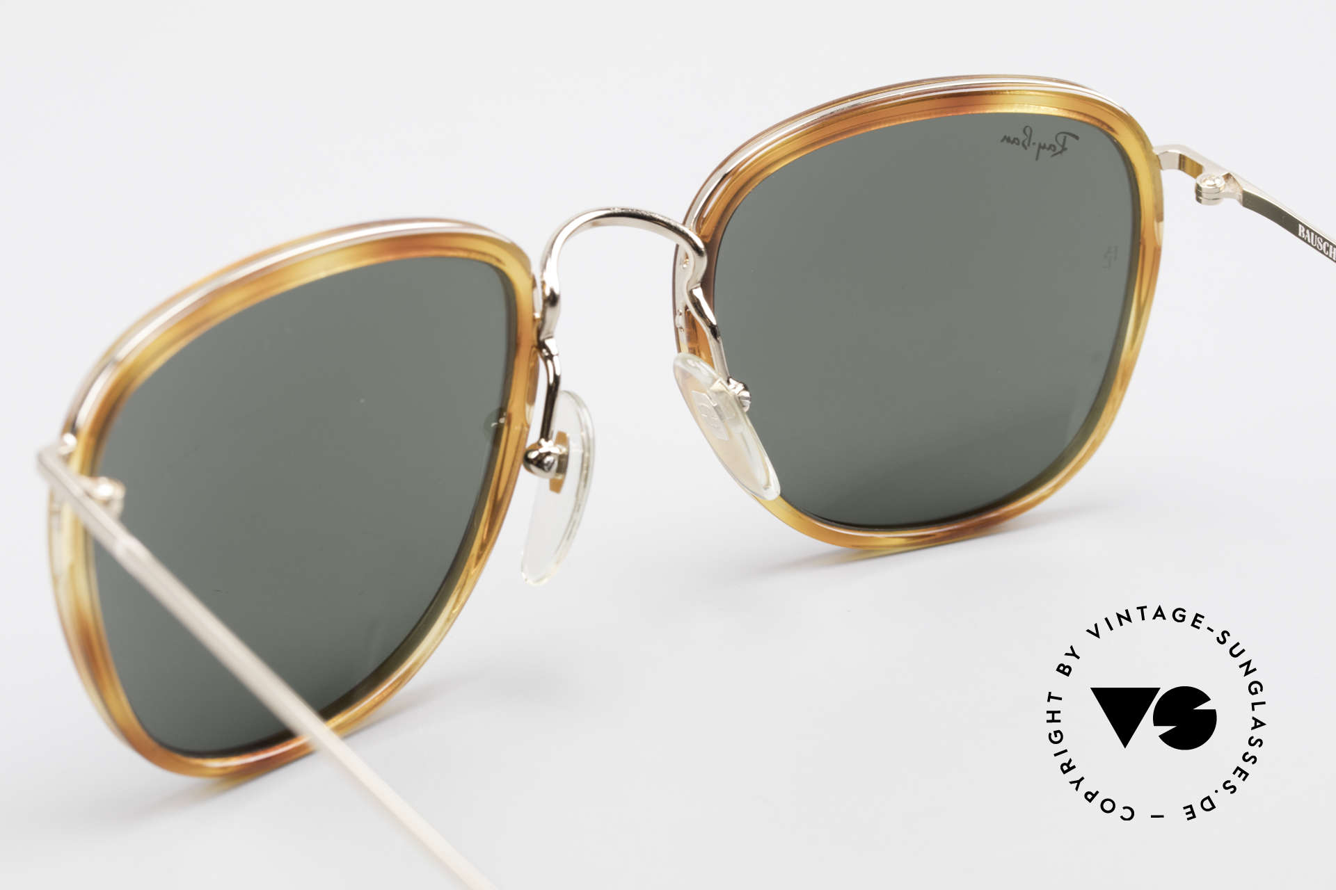 "Ray Ban New Style Bausch & Lomb Italy Hybrid, nevertheless, ""Frame Italy"" is printed on the frame, Made for Men and Women"