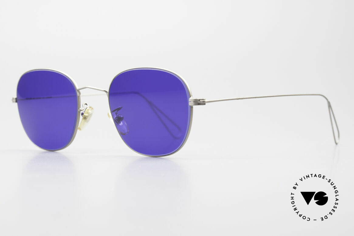 Cutler And Gross 0307 Classic Sunglasses Vintage, stylish & distinctive in absence of an ostentatious logo, Made for Men and Women