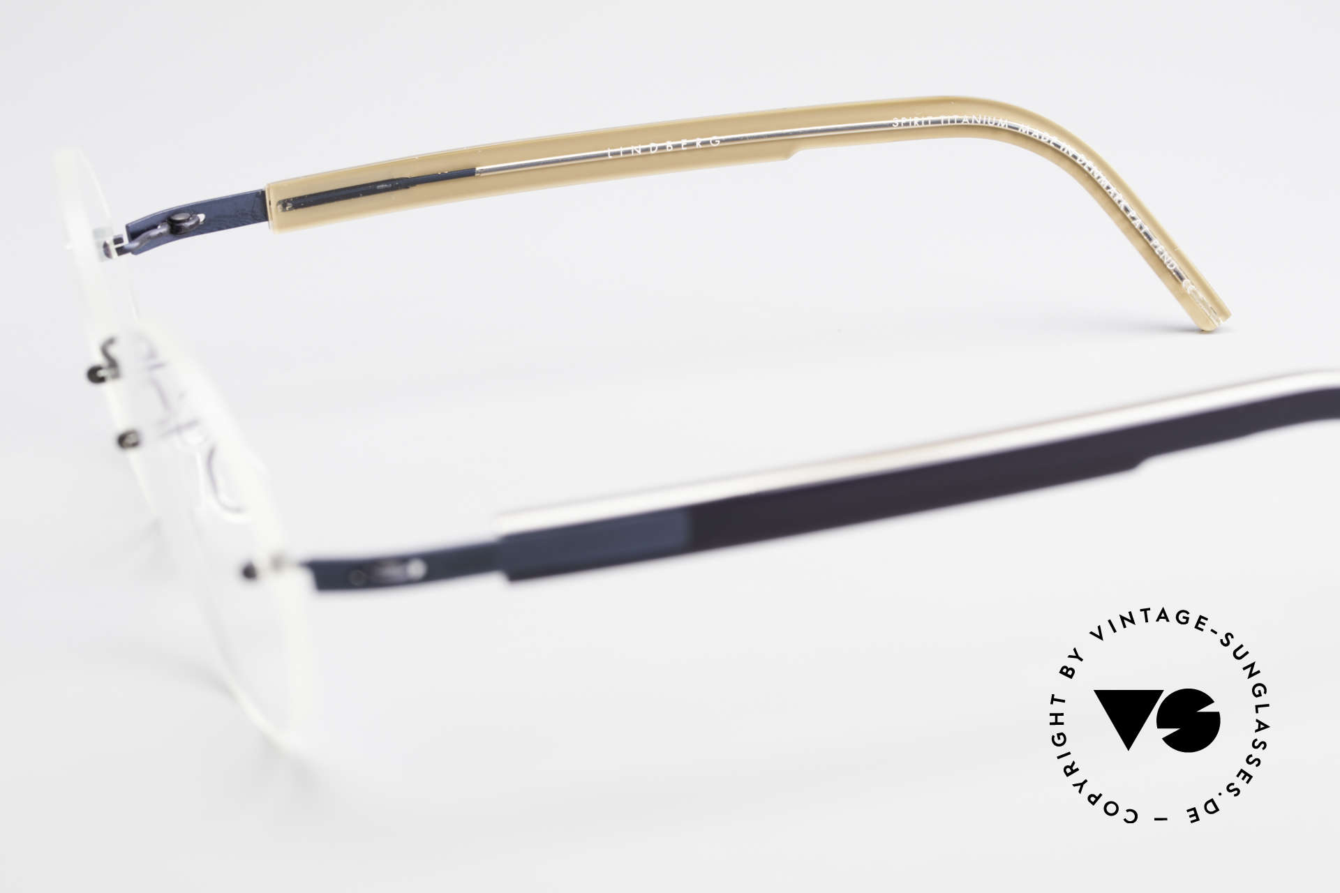 Lindberg 2111 Spirit Titan Rimless Titanium Frame Round, Size: extra small, Made for Men and Women