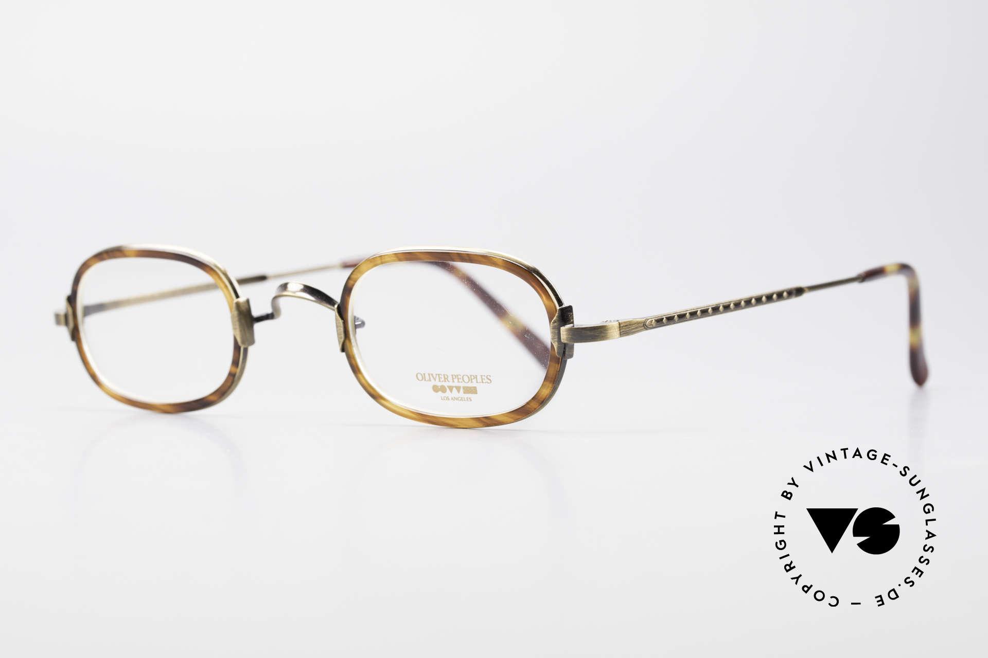 Oliver Peoples Fred Vintage Designer Frame Oval, interesting vintage model; timeless in coloring & form, Made for Men and Women