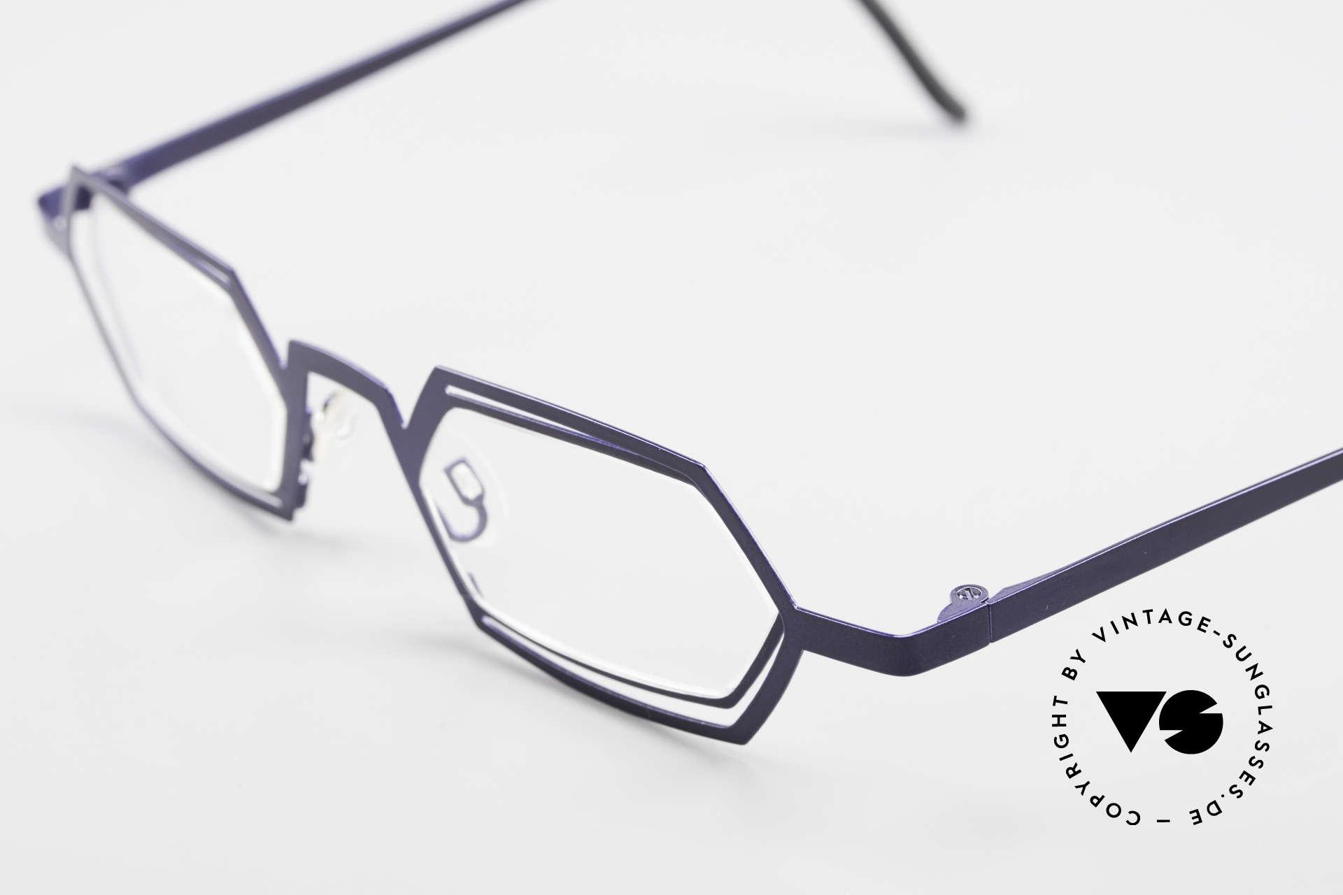 Theo Belgium Reflexs 90s Eyeglasses No Retro Frame, very unique 'retro' eyeglass-frame from the mid 1990's, Made for Men