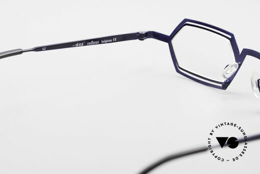 Theo Belgium Reflexs 90s Eyeglasses No Retro Frame, so to speak: vintage eyeglasses with representativeness, Made for Men