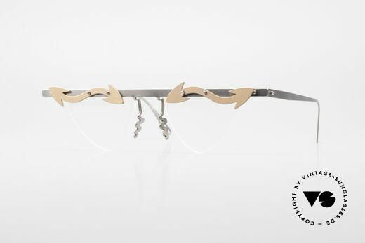Theo Belgium Tita II Heart Shaped Eyeglasses Titan Details