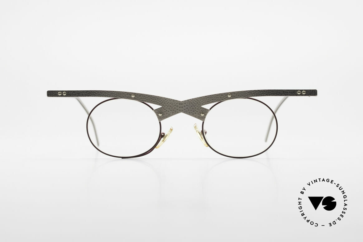 Theo Belgium Hie 3R Crazy Vintage Eyeglasses 90's, founded in 1989 as 'opposite pole' to the 'mainstream', Made for Women