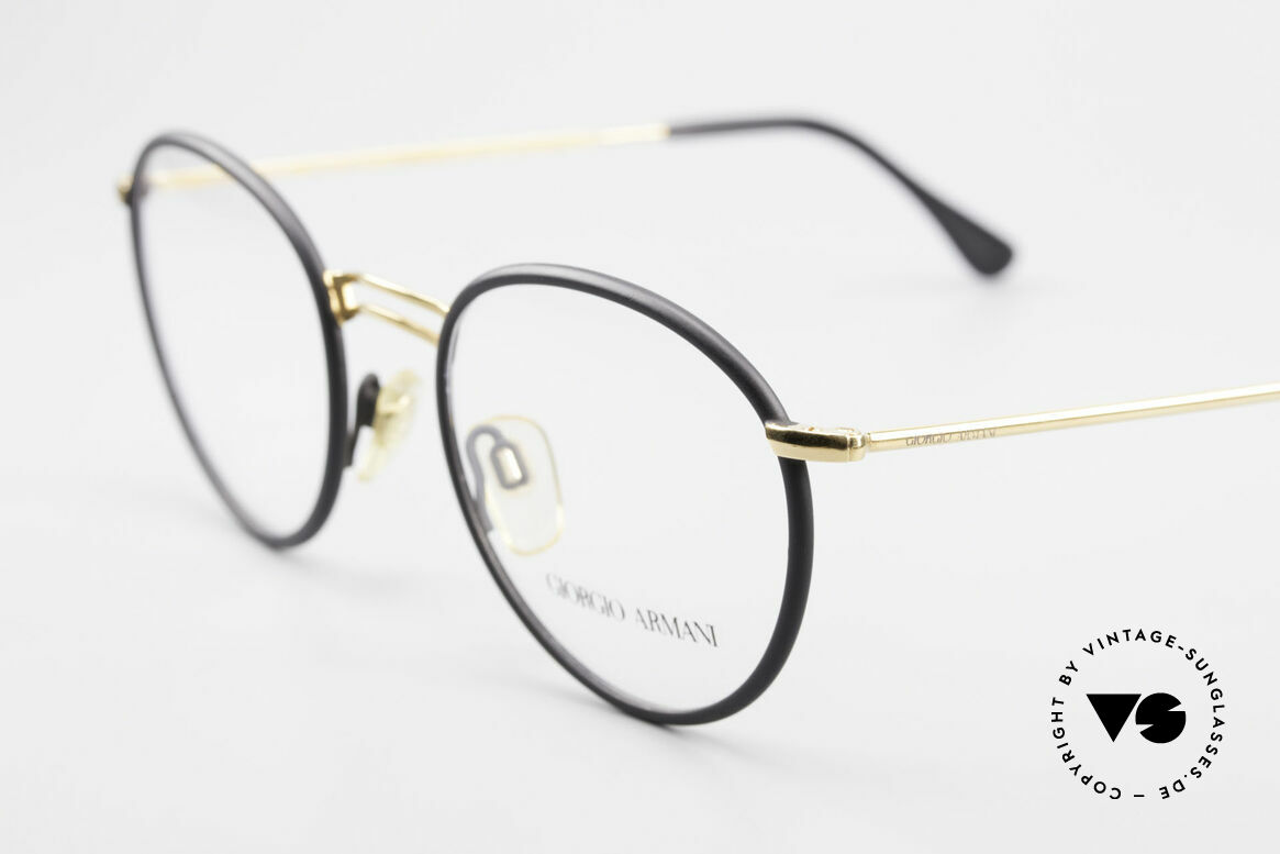 Giorgio Armani 152 Classic Round Vintage Frame, never worn (like all our vintage Giorgio Armani specs), Made for Men