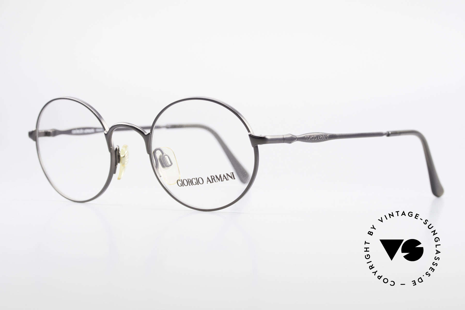 Giorgio Armani 243 Small Round Oval Glasses 90s, sober, timeless style and frame finish (anthracite), Made for Men and Women