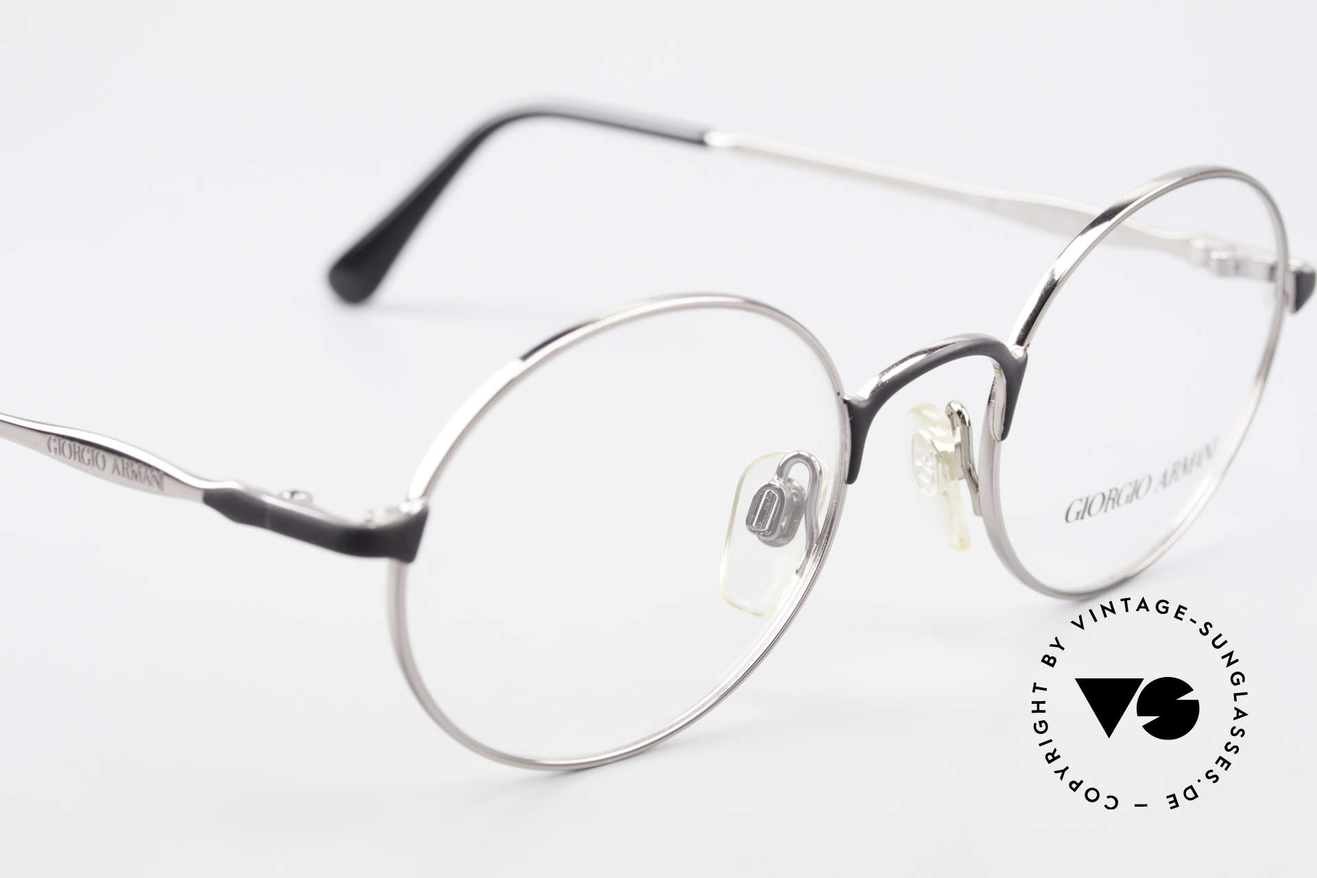 Giorgio Armani 243 Round Oval Glasses 90s Small, NO recent collection, but a 25 years old ORIGINAL, Made for Men and Women