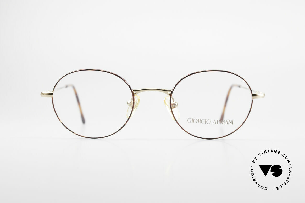 Giorgio Armani 252 Oval Vintage Eyeglasses 90's, sober, timeless style: suitable for many occasions, Made for Men and Women