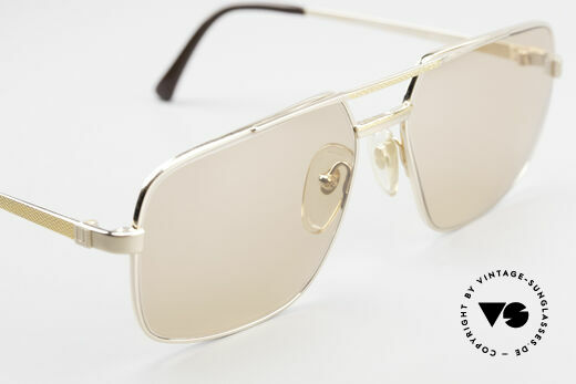 Dunhill 6068 Gold Plated Frame Changeable, unworn (like all our rare vintage Alfred Dunhill eyewear), Made for Men