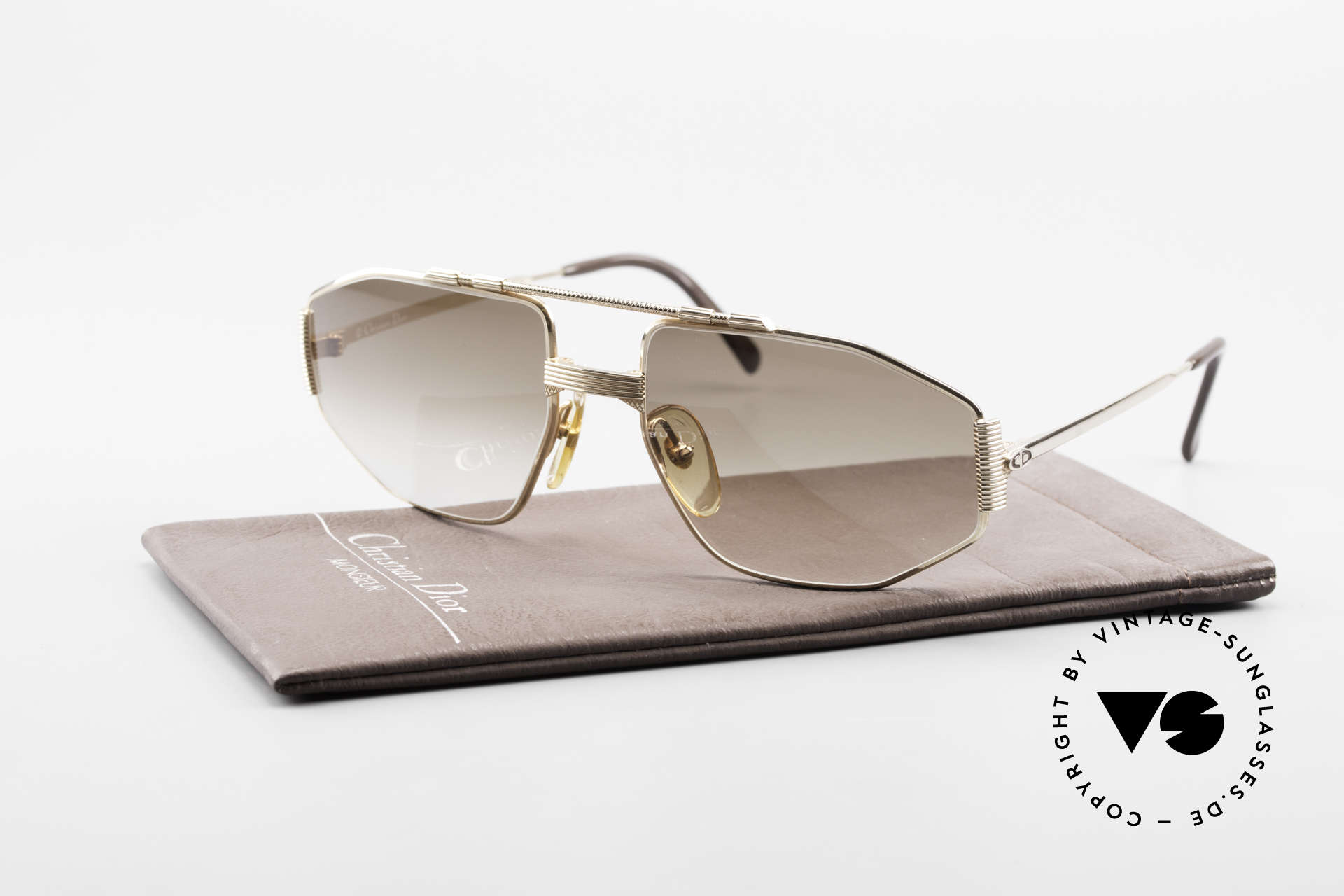 Christian Dior 2516 80's Gold Plated Sunglasses, with brown-gradient lenses for 100% UV protection, Made for Men