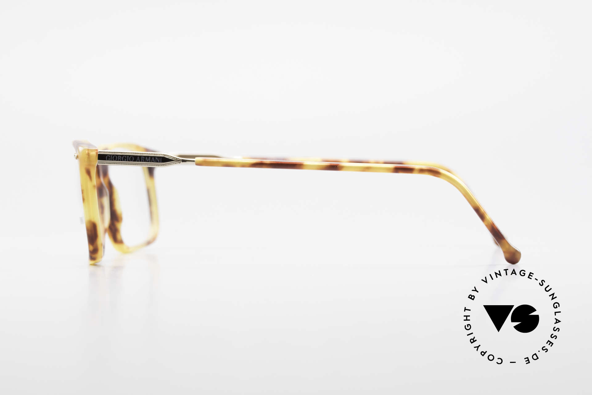 Giorgio Armani 332 True Vintage Eyeglass Frame, frame is made for lenses of any kind (optical/sun), Made for Men