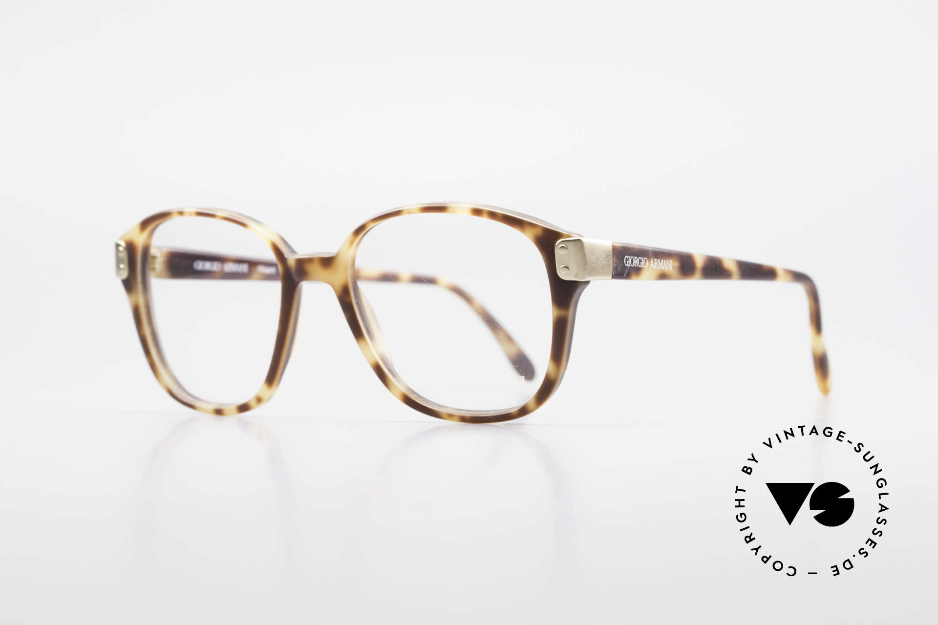 Giorgio Armani 307 Classic 80's Vintage Glasses, high-end quality and very interesting frame pattern, Made for Men and Women
