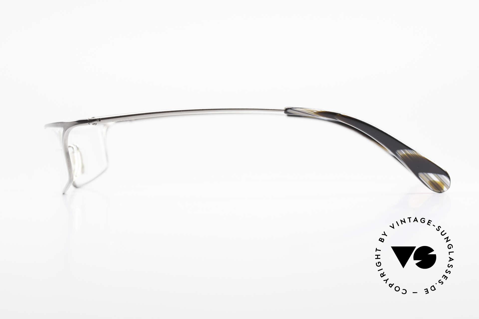 Bugatti 352 Odotype Striking Men's Designer Frame, very special lens construction; TOP comfort, Made for Men