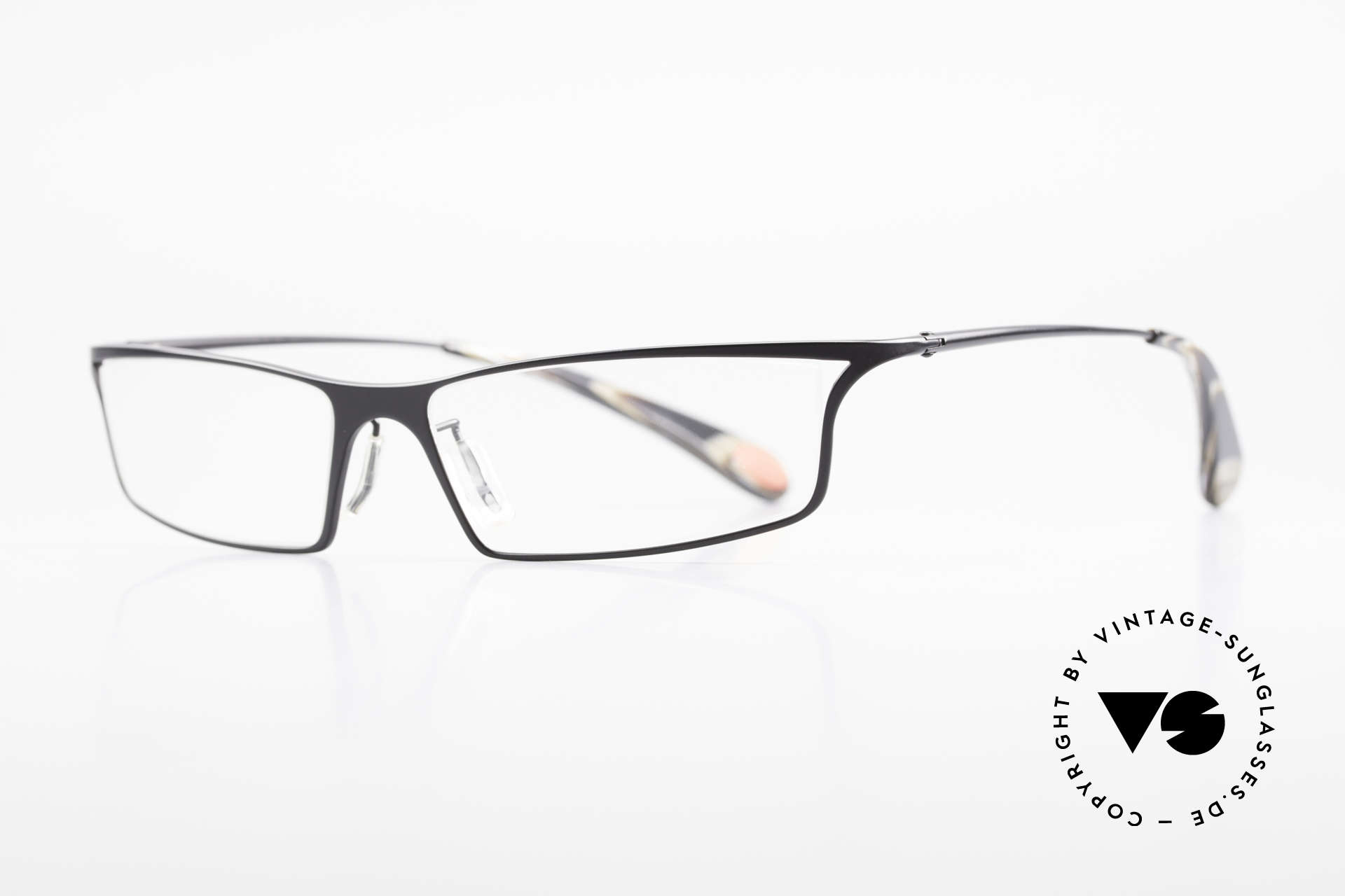 Bugatti 352 Odotype Heston Blumenthal Spectacles, ergonomic metal frame with spring hinges, Made for Men