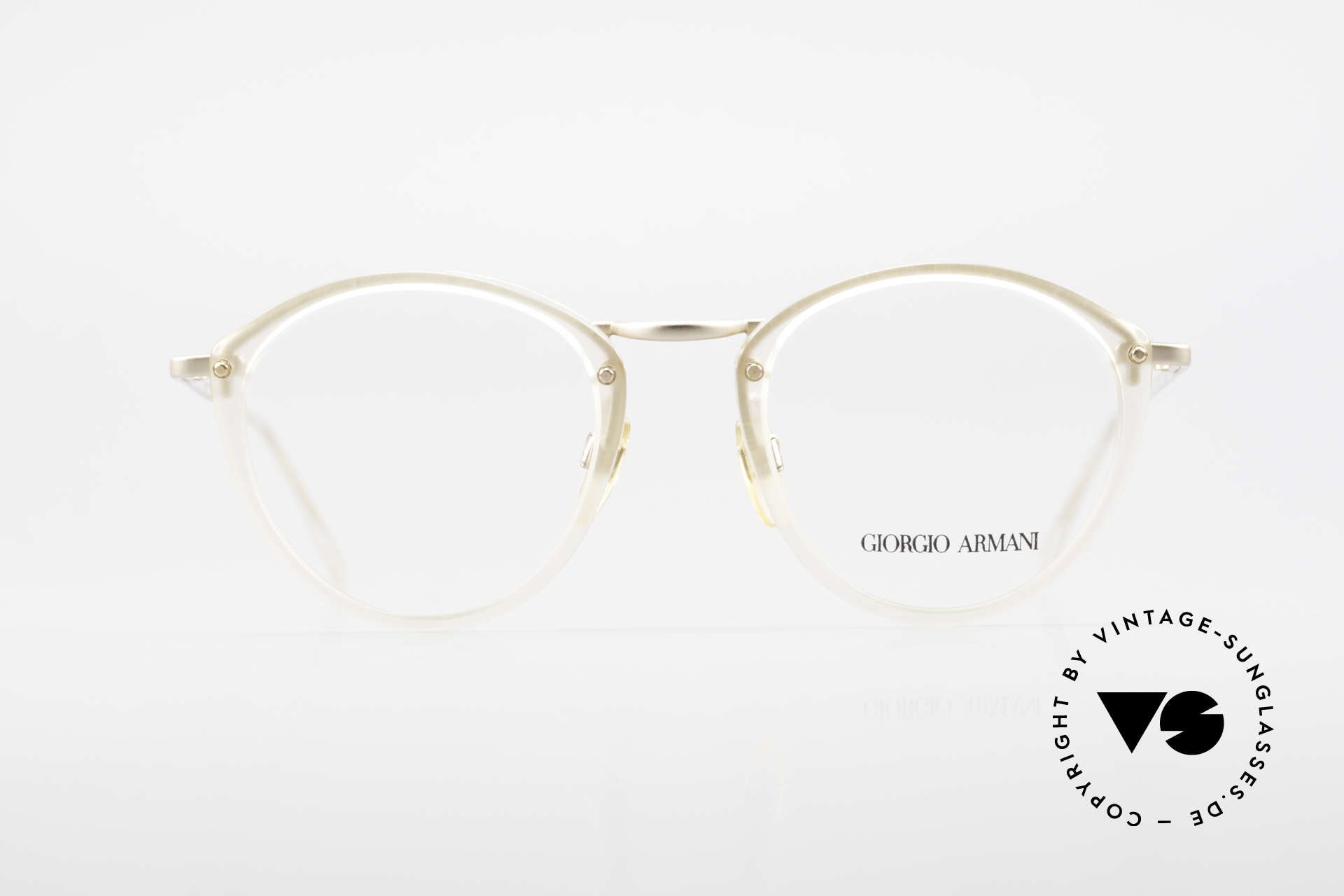 Giorgio Armani 354 80s Designer Glasses Vintage, timeless elegant combination of colors and materials, Made for Men and Women