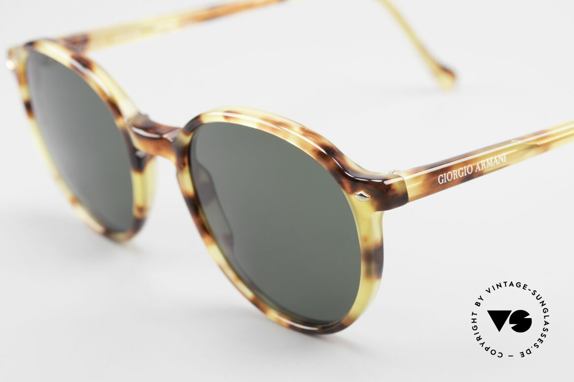 Giorgio Armani 325 Old Panto 90's Sunglasses, never worn (like all our classic Giorgio Armani shades), Made for Men and Women