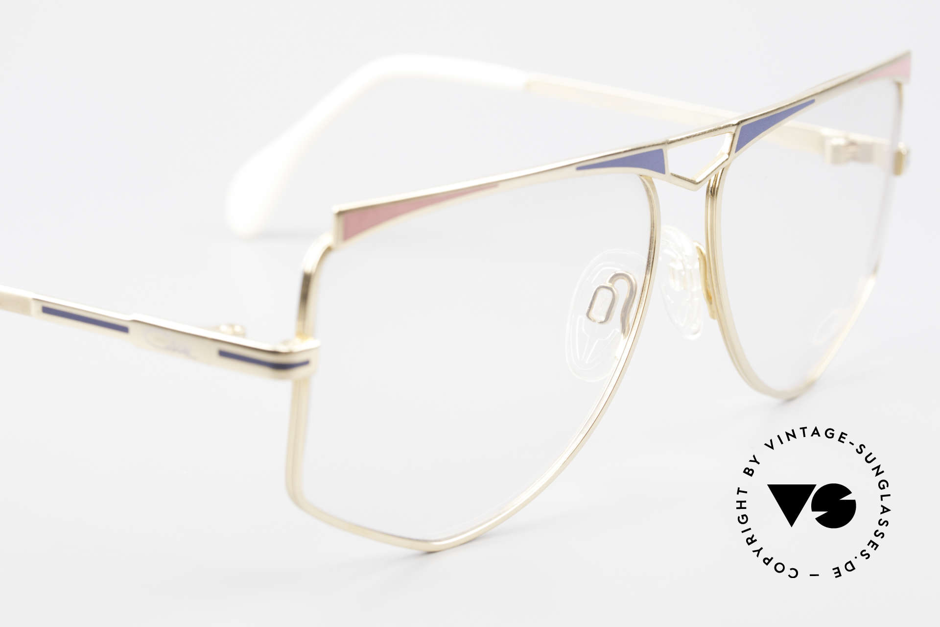 Cazal 227 True Old Vintage Eyeglasses, 1st class craftsmanship (frame made in West Germany), Made for Women