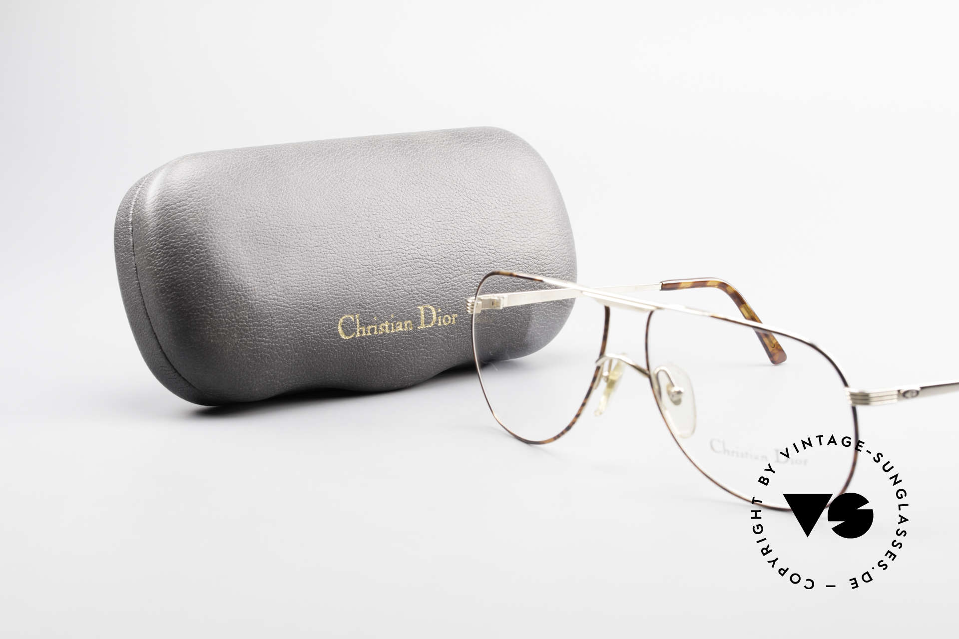 Christian Dior 2553 Vintage Glasses Aviator Style, the metal frame is made for lenses of any kind, Made for Men